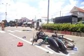 Xe cứu thương tông xe máy văng 20 m, 1 người tử nạn