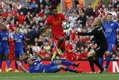 Xem Liverpool hành hạ nhà vô địch Leicester