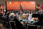 OPEC chịu giảm sản lượng khai thác