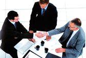 Có được ký liên tiếp 3 hợp đồng lao động thời hạn 1 năm?