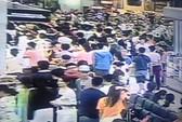Nhân viên an ninh sân bay thừa nhận đánh khách vì bức xúc
