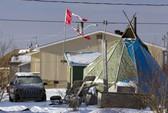 Canada đứng ngồi không yên vì nạn tự tử hàng loạt