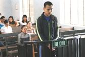 Thầy giáo dùng búa khống chế, hiếp, cướp trên đường phố
