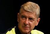 Vì Arsenal, Wenger 3 lần khiến PSG thất vọng