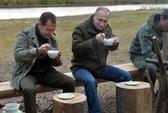 Đảng cầm quyền thắng lớn, TT Putin tính