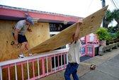 Đón cơn bão chết người, Mỹ ban bố tình trạng khẩn cấp