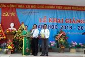 Bộ trưởng Trương Minh Tuấn về lại trường xưa dự lễ khai giảng