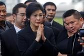 Bà Yingluck không chịu đứng bên lề