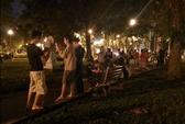 Giới trẻ Sài Gòn đổ xô vào công viên bắt Pokemon