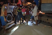 Lật xe chở công nhân, 1 người chết, 18 người bị thương