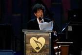 """Bob Dylan bán """"kho báu"""" lưu trữ đời mình"""