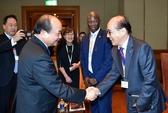 Thủ tướng: Nhà đầu tư hãy đến Việt Nam bằng khối óc và trái tim