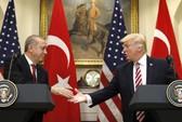 """Mỹ - Thổ """"hạ hỏa"""" về người Kurd"""