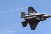 """Lái """"Tia chớp"""" F-35, phi công bị """"giảm oxy máu"""""""