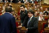 Tây Ban Nha: Nghị viện Catalonia tuyên bố độc lập