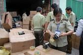 TP HCM: Phát hiện kho hàng gần 7.000 đèn led Trung Quốc nhập lậu