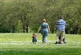 Cha mẹ béo phì, con chậm phát triển