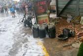 Chở 7 bình gas phát nổ, nam thanh niên bỏ xe trước tiệm bánh