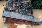 Lâm Đồng: Sập cầu trong đêm, hàng chục hộ dân bị chia cắt