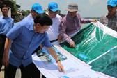 Xuất hiện 2 hố xoáy lớn ở khu vực sạt lở sông Vàm Nao