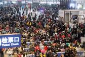 Biển người Trung Quốc chen chúc về quê ăn tết