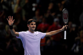 Vượt qua Zverev, Federer vào bán kết ATP Finals