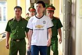 Vụ 8 người chạy thận tử vong: Bác sĩ Hoàng Công Lương được tại ngoại