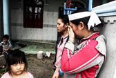 [VIDEO]: Quặn thắt khúc ruột miền Trung sau bão dữ