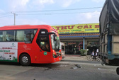 Xe khách Phương Trang gây tai nạn liên hoàn trên Quốc lộ 1