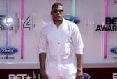 Rapper đoạt Grammy bị kiện tội phỉ báng