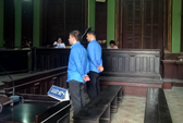 Rút tiền vô tư ở Việt Nam, 2 trai ngoại xộ khám