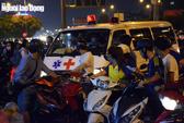 Phong tỏa cổng trường Hutech, nghi vấn nam sinh tử vong bất thường