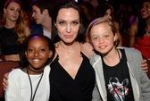 Angelina Jolie bớt làm phim để chăm con
