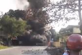 Tai nạn liên hoàn, 4 ô tô cùng cháy rụi