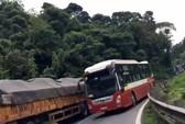Vượt ẩu trên đèo Bảo Lộc: Tước giấy phép tài xế Thành Bưởi