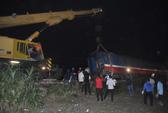 Toàn cảnh ngổn ngang sau tai nạn tàu hỏa thảm khốc