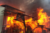 Cháy nhà lúc rạng sáng, 3 bố con tử vong thương tâm