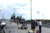 Xe khách đâm xe container trên cầu Rạch Miễu: 2 người chết