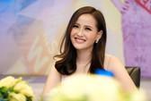 """Hoa hậu Khánh Ngân khẳng định không có """"đại gia"""" chống lưng"""