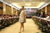 Mãn nhãn với Tơ lụa Bảo Lộc trong Festival hoa Đà Lạt 2017