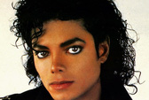 Michael Jackson vẫn kiếm tiền