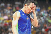 Lee Chong Wei ngã dập gối, sốc với Hiệp hội cầu lông Malaysia