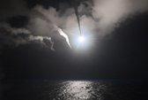 Vì sao ông Trump đổi ý, không kích Syria?