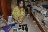 Hacker Trung Quốc sống trong căn phòng bẩn như bãi rác