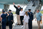 Ông Donald Trump thăm Texas nhưng không ghé Houston