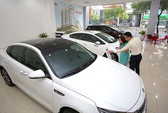 Giá bán ô tô 2018 không giảm 'sốc' như mong đợi