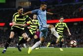 Đè bẹp Huddersfield, Man City vào tứ kết FA Cup