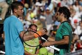 Federer thoát hiểm, Wozniacki dự chung kết Miami
