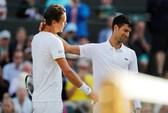 Sốc với nguyên nhân Djokovic bỏ cuộc ở tứ kết Wimbledon