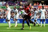 Ghi bàn hủy diệt, hàng công Man United vẫn bị chỉ trích